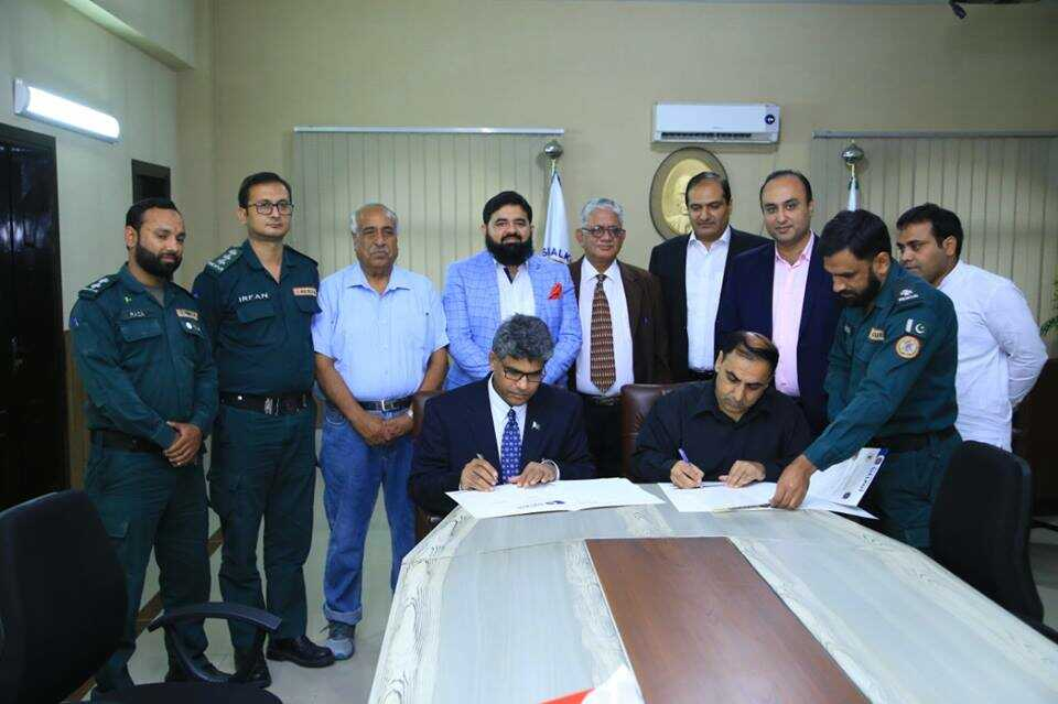 The University of Sialkot signed MoU with Rescue 1122, Punjab, Sialkot for collaboration under Safe Society Program