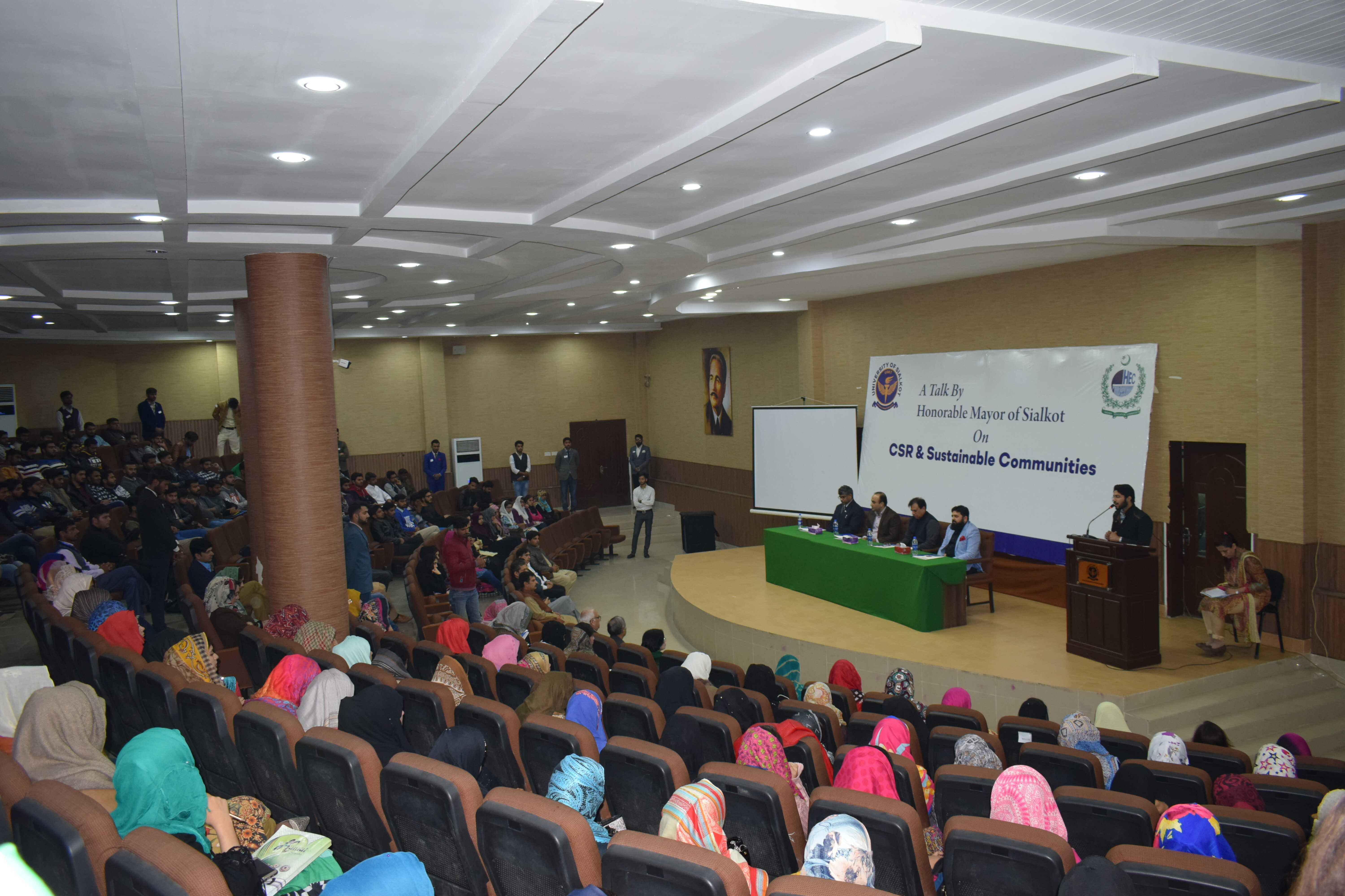 A Talk by honorable Mayor city of Sialkot Mr. Tauheed Akhter Chaudhry, on CRS & Sustainable Communities organized by University of Sialkot. Mayor Sialkot addressed the faculty and students about how Universities and local governments walk side by side for attaining sustainable development in any community.