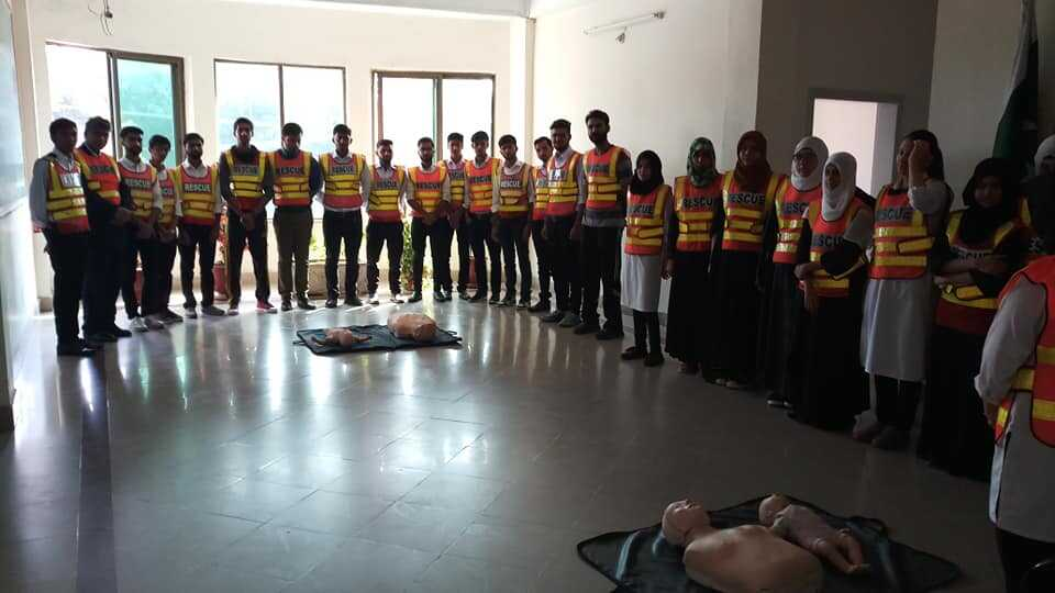 First Aid Training to the students of USKT, Under th MOU Signed by worthy Vice Chancellor with Rescue 1122.
